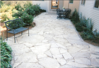 Charmant Using A Natural Stone Call Limestone Steppers, This Created A Delightful  Looking Patio Area That Is Very Inviting. You Get A Natural, Old World Feel  With ...